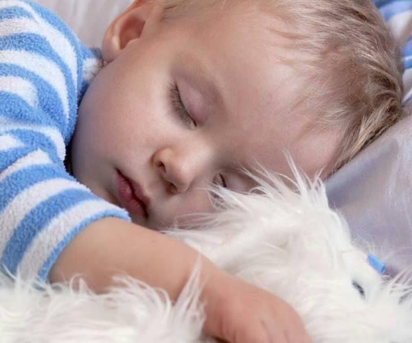 بهترین میزان خواب کودک در سنین مختلف